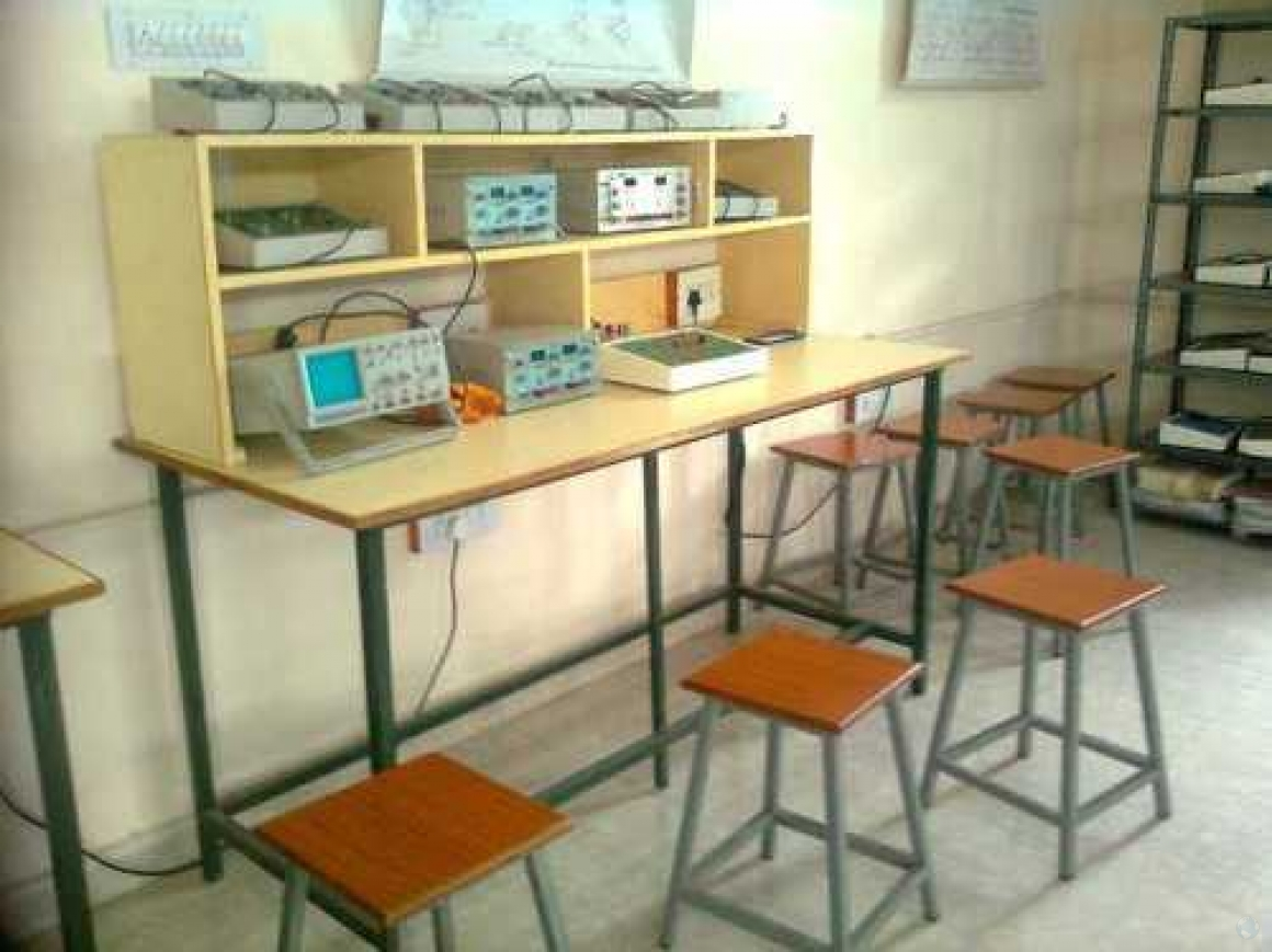 Electronics Lab Table