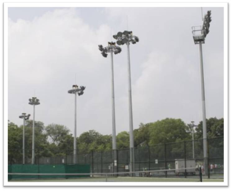 Sports & courts pole